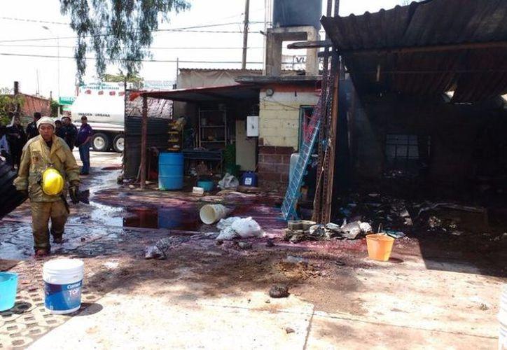 El accidente de este día ocurrió a siete meses de la explosión del mercado de cohetes de San Pablito. (Silvia Chávez/La Jornada)
