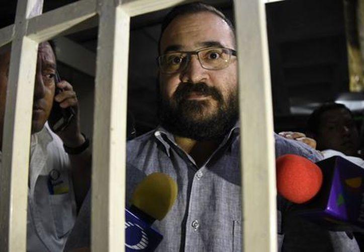 Durante la tercera audiencia de Duarte en un tribunal de Guatemala, el ex mandatario aceptó ser extraditado por delincuencia organizada y lavado de dinero. (Milenio)