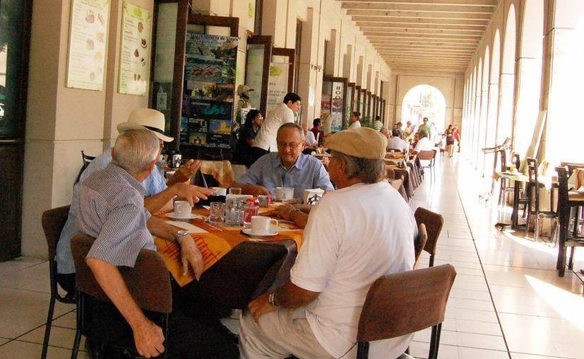 Esperan restauranteros recuperar el repunte económico del 3.5 por ciento que tuvieron  en 2012. (Milenio Novedades)