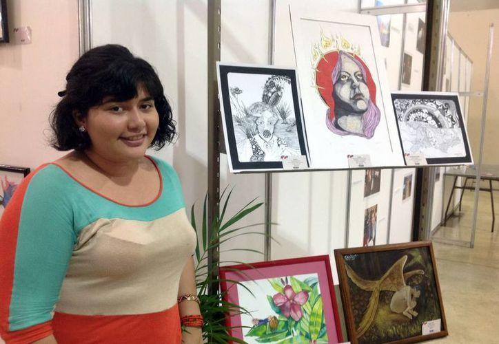 Lizzet Ortiz Kantún, coordinadora de la Expo Bazar Cultura Itinerante, informó que están en proceso de hallar un lugar fijo para exposiciones y ventas de sus obras. (Milenio Novedades)