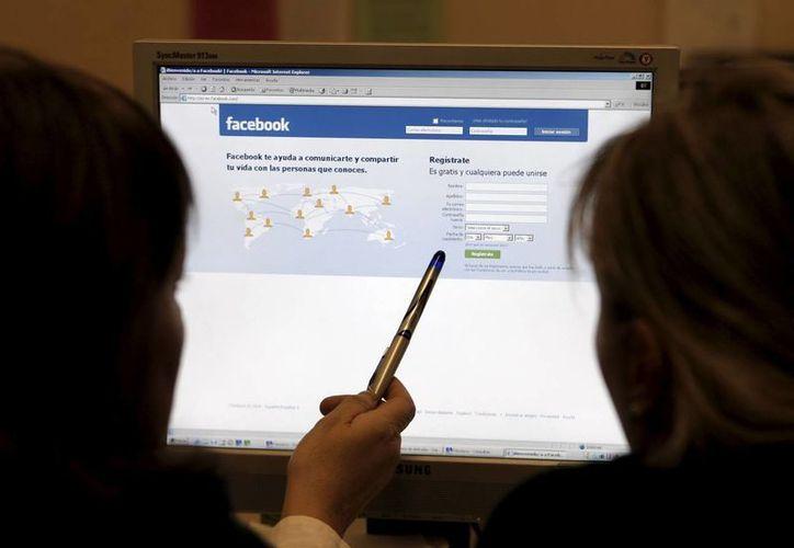 Facebook busca ganar más usuarios. (Archivo/EFE)
