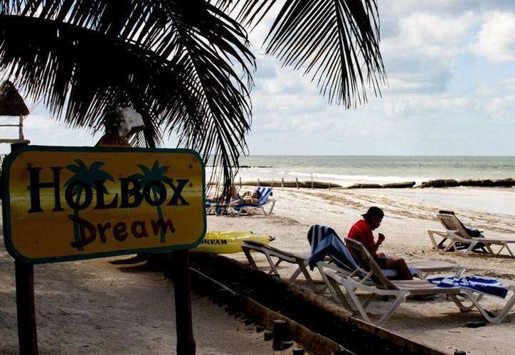 En julio, la isla de Holbox colapsó por la llegada masiva de visitantes. (Foto: Contexto/SIPSE)