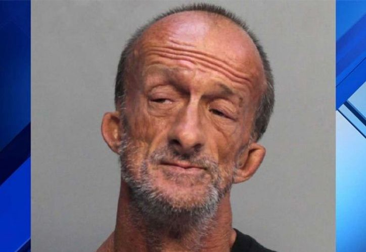 La policía asegura que Crenshaw apuñaló a Coronado dos veces y huyó. (Excelsior)
