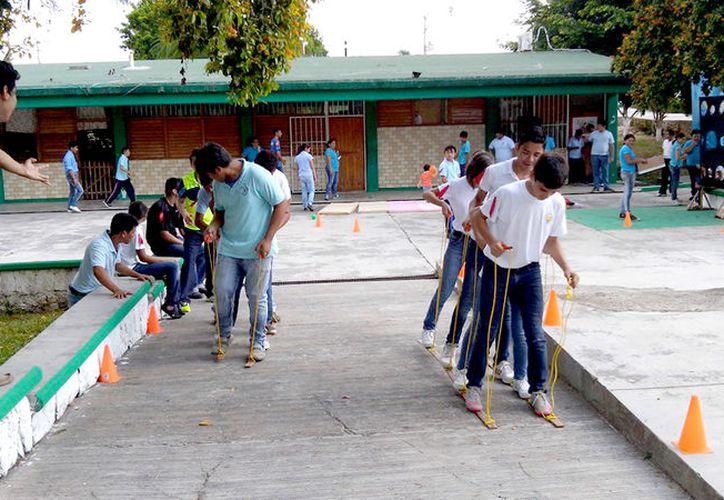EL delegado estatal de la SEP José Manuel Gil Padilla dijo está garantizada la partida. (Foto: Redacción / SIPSE)