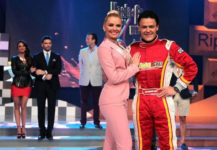 Los años 'felices' de la pareja en <i>Hasta el fin del mundo, te amaré</i>, Marjorie de Sousa y Pedro Fernández: el inicio de la telenovela de Televisa. Hoy ya están 'separados' oficialmente. (NTX/Archivo)
