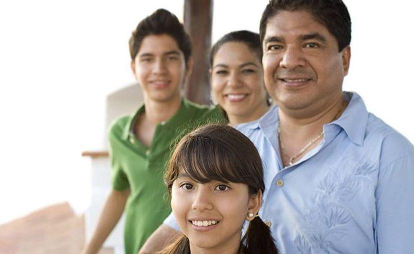 Uno de cada dos hispanos que reside en Estados Unidos dice haber sido discriminado, reveló un sondeo del Centro de Investigación Pew. (Imagen de contexto/costulessseguros.com)