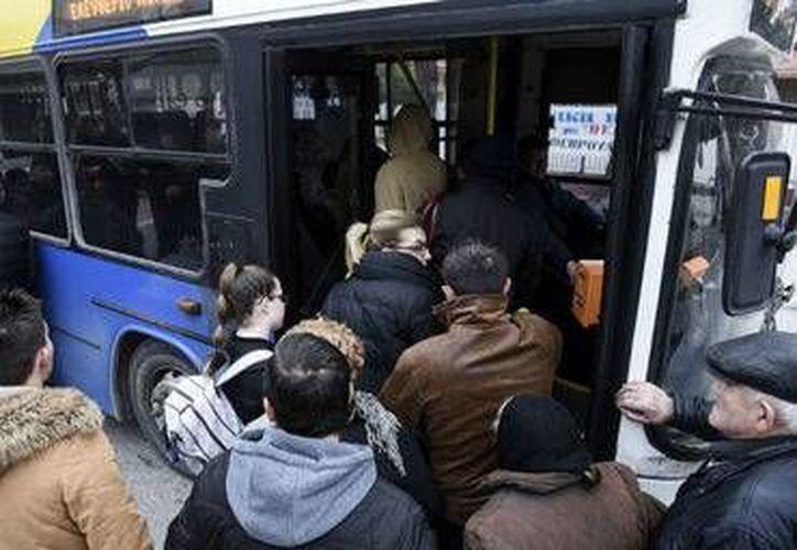 El hallazgo del proyectil provocó que las autoridades realicen una rápida evacuación por seguridad de los ciudadanos de Atenas.(Archivo/AP)