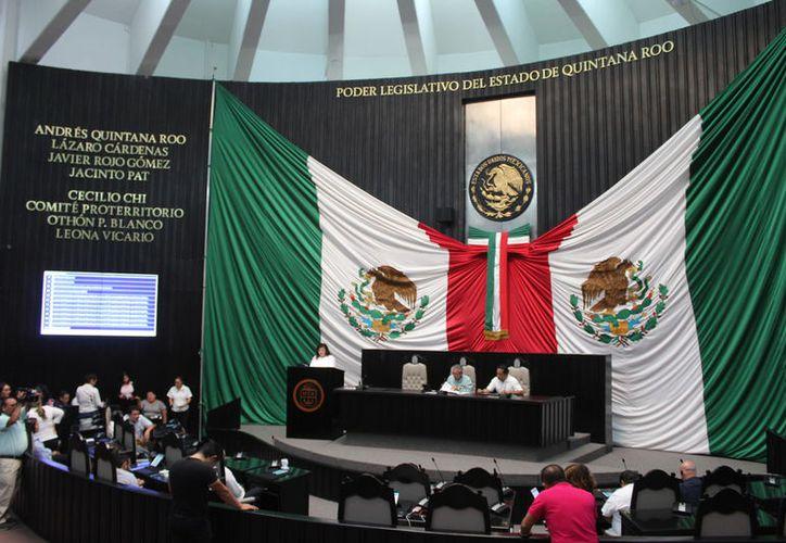 El Congreso local recibió la iniciativa de la asociación 'Liberales por una Verdadera Democracia'. (Joel Zamora/SIPSE)