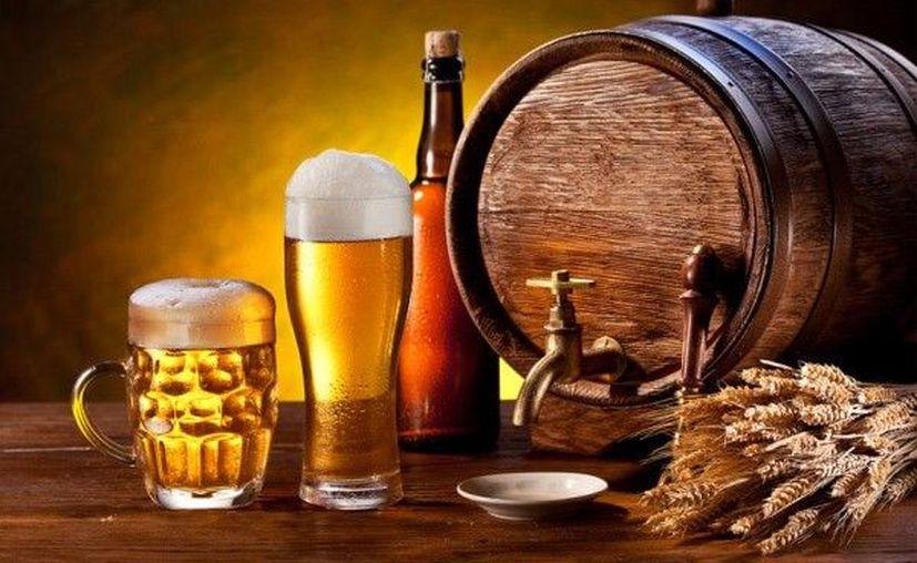 Menos cebada significará escasez de cerveza y subidas de los precios. (Internet)