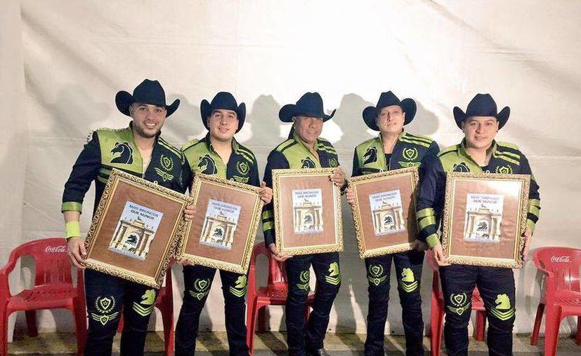 Bronco se presentará por primera vez en el Vive Latino, evento que se ha caracterizado por ser exclusivamente para bandas de rock.(Foto tomada de Facebook/Bronco)
