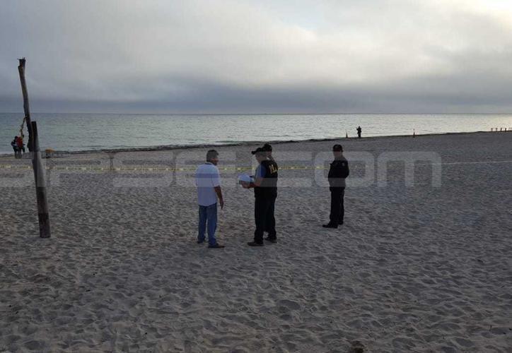 El occiso de nombre Isaías, fue hallado la mañana del miércoles pasado, en la playa del malecón de Progreso. (SIPSE)