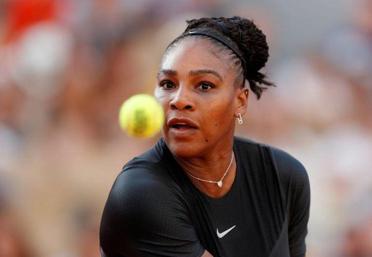 Serena Williams se retira a causa de una lesión (Reuters).