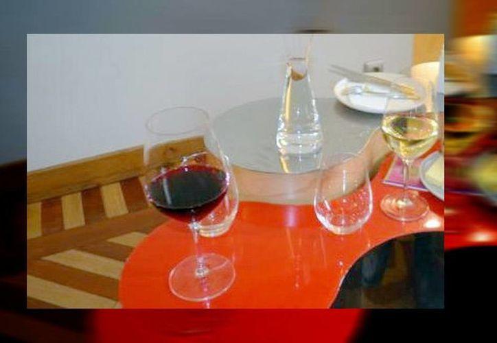 La cata de vinos de la Alianza Francesa se hará en dos etapas: la práctica y la teorica. (SIPSE)