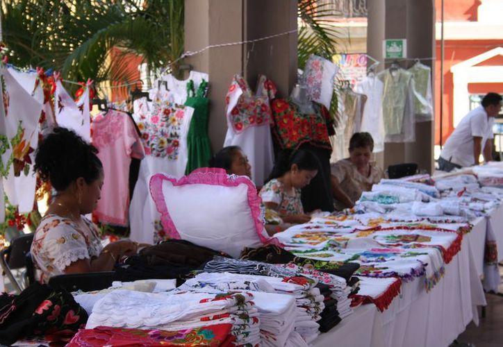 Los comerciantes deberán esperar a que llegue la temporada de vacaciones para aumentar sus ventas. (Archivo/SIPSE)