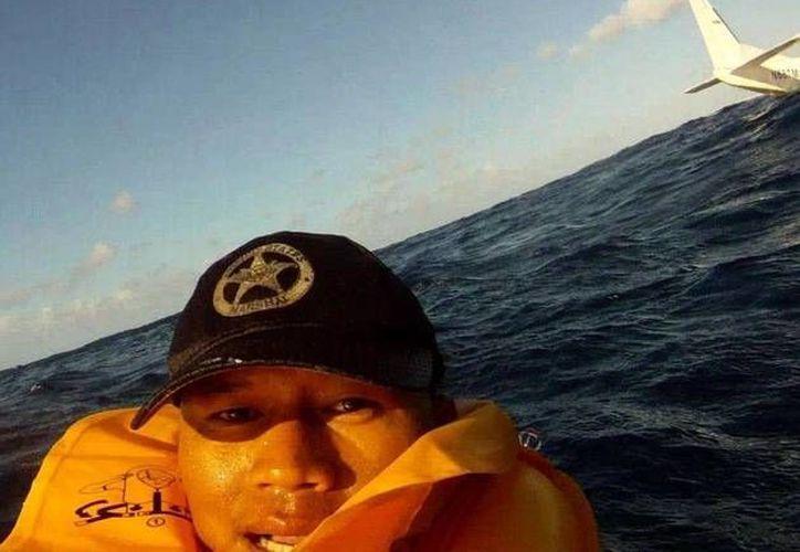 El 'selfie' de Ferdinand Puentes está ganando popularidad en las redes sociales. (RT)