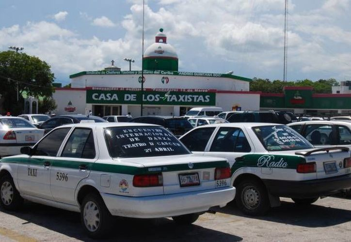 Para los estudiantes que se ganen estas becas recibirán 80 boletos de Maya Caribe por bimestre. (Contexto/SIPSE)