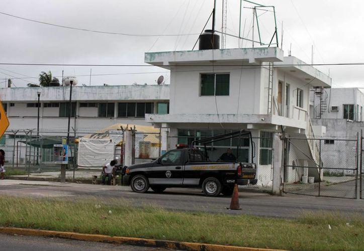 El Cereso Chetumal alberga mil 200 reos del sexo masculino y 103 reclusas. (Enrique Mena/SIPSE)