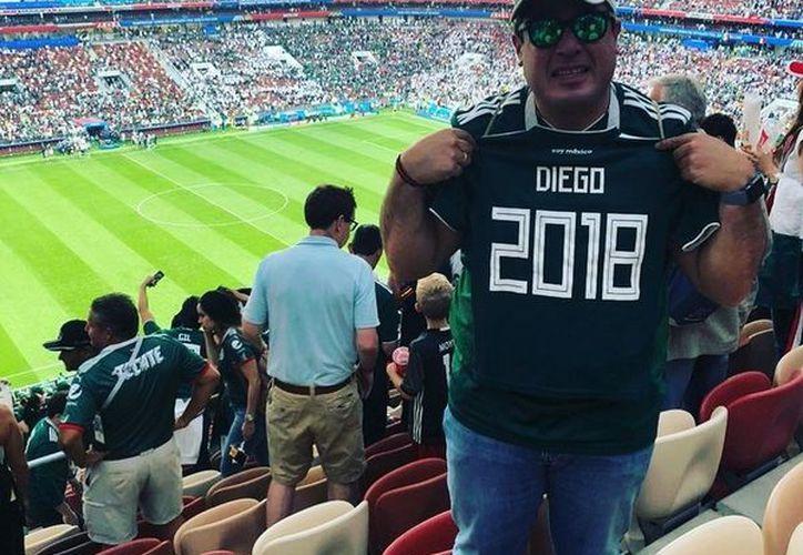 Gilberto Martínez prometió a su familia estar en el Mundial Rusia 2018, y aunque ya no pudo con ellos, los honró a su manera (Foto tomada de clarin)