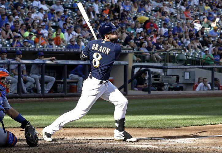 Cerveceros de Milwaukee vencieron este sábado  7-4 a los Mets de Nueva York gracias a la fuerza en sus maderos. (AP)