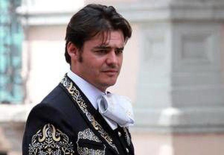 Gabriel Navarro  preparando un concierto en el Auditorio Nacional. (Milenio Novedades)