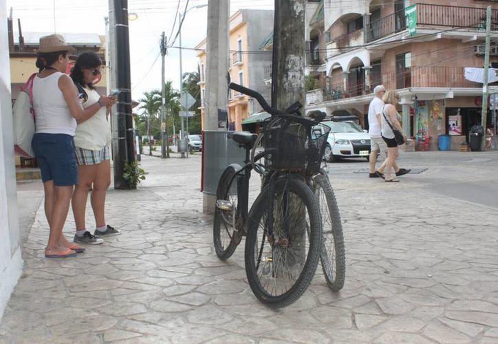El municipio analiza la construcción de ciclovías en las principales calles de Playa del Carmen. (Octavio Martínez/SIPSE)