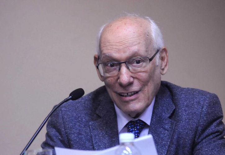 Rodolfo Stavenhagen fue reconocido en 1997 con el Premio Nacional de Ciencias y Artes. (Imagen de dgcs.unam.mx)