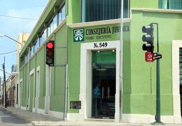 Sería la tercera propuesta en materia de transparencia de la Consejería Jurídica del Gobierno del Estado. Imagen del edificio de la dependencia en el centro de Mérida. (Milenio Novedades)