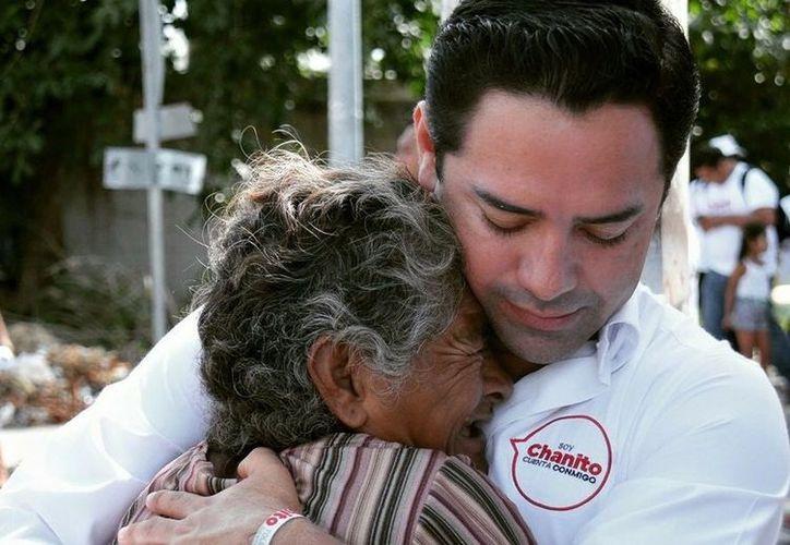 """José Luis """"Chanito"""" Toledo, es el aspirante a la presidencia municipal local que representa a la coalición """"Por Quintana Roo al Frente"""". (SIPSE)"""