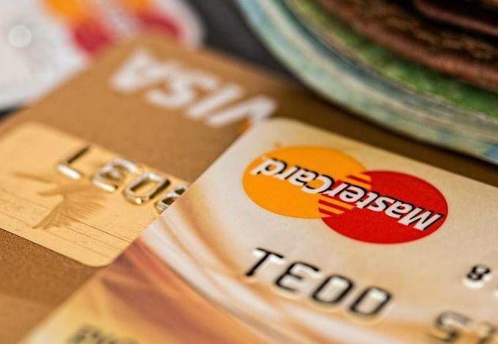 A partir de ahora los bancos deberán deberán abrir cuentas gratuitas a quienes reciben algún subsidio gubernamental. (Dinero en Imagen)