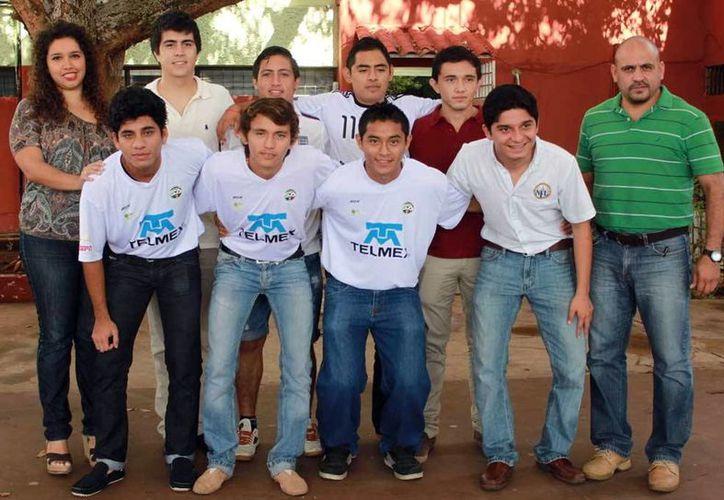 Seleccionados yucatecos campeones a nivel regional competirán a nivel nacional en la Copa Telmex. (Milenio Novedades)