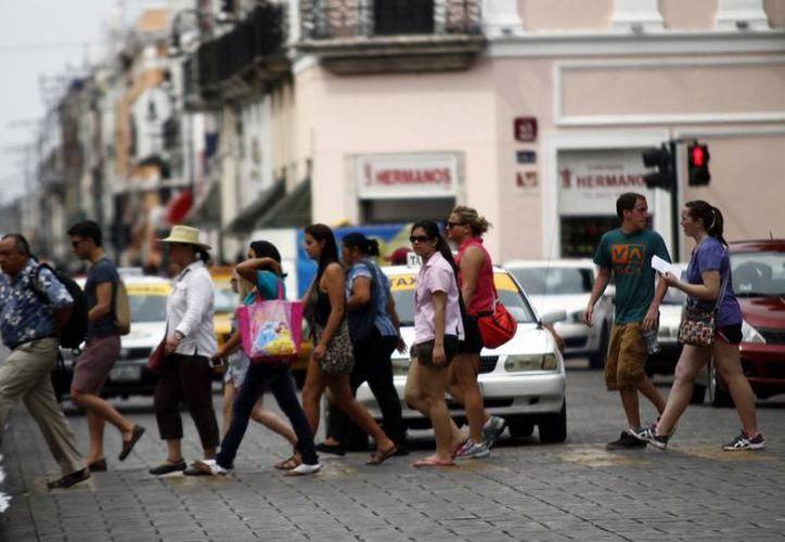 Del total de habitantes en el Estado, 18.8% son originarios de la Ciudad de México, 16.2% de Campeche, 13% correspondiente a Quintana Roo, 12.3% a Tabasco y 9.8% a Veracruz. (SIPSE)