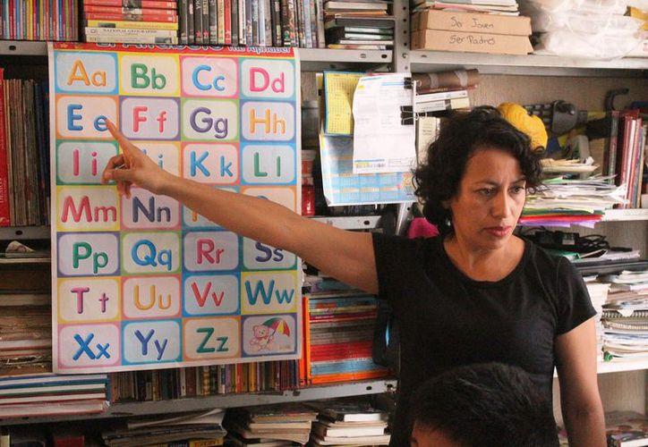 Nidia Hernández promueve la educación y la equidad de género. (Octavio Martínez)