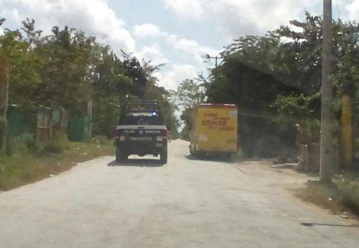 Al lugar arribaron las autoridades policíacas. (Eric Galindo/ SIPSE)