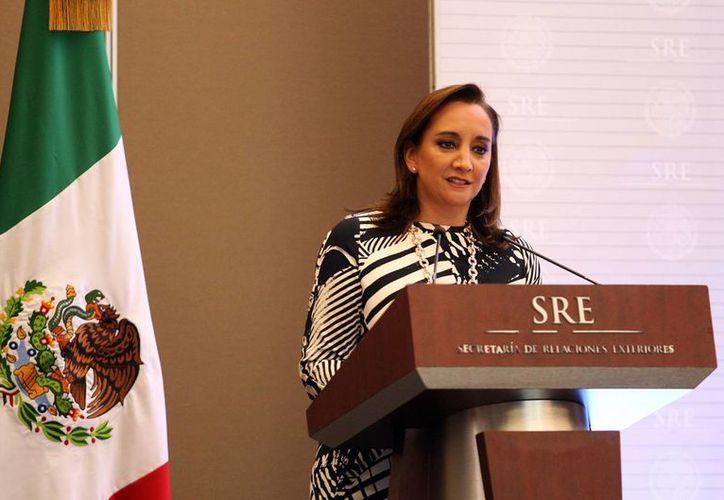 La secretaria de Relaciones Exteriores, Claudia Ruiz Massieu, dijo que la dependencia brinda acompañamiento y asesoría a los familiares de mexicanos víctimas de un ataque en Egipto en septiembre de 2015. (Archivo/Notimex)