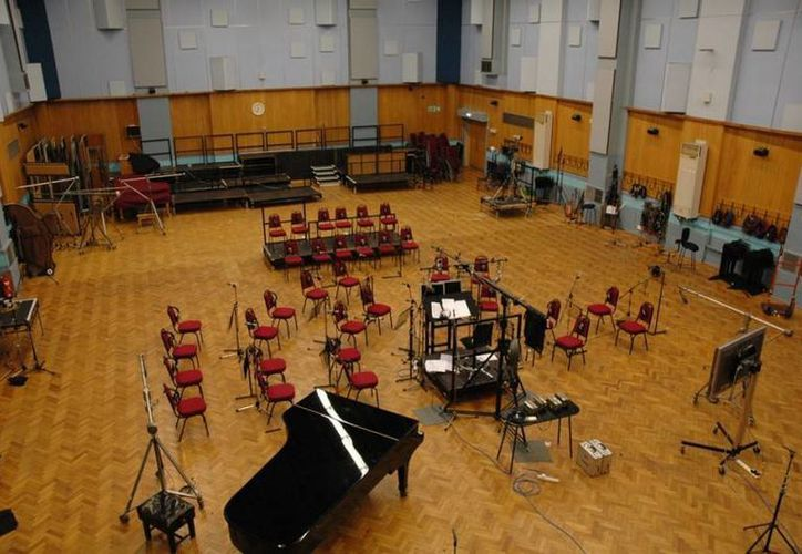 Personas de todo el mundo podrán conocer a través de Google el estudio inglés de grabación Abbey Road, donde estuvieron bandas legendarias como The Beatles, Pink Floyd u Oasis. (robmathes.com)