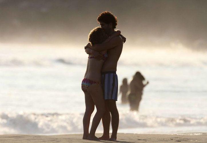Acapulco espera la llegada de al menos medio millón de turistas este mes. (Archivo/Notimex)