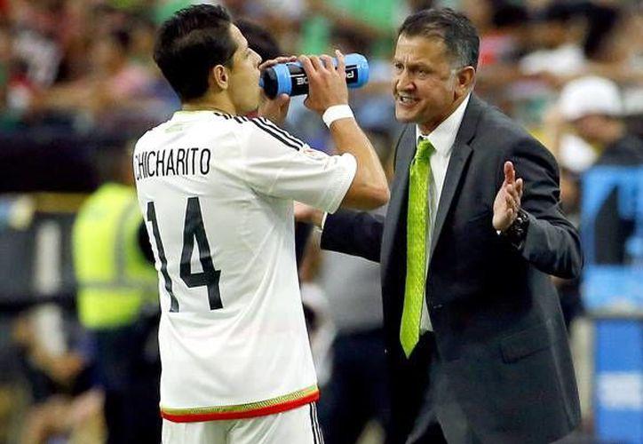 La rotación de Osorio ha sido muy cuestionada luego de la escandalosa derrota de 7-0 ante Chile, sin embargo, más allá del sistema parece que fueron decisiones sobre jugadores clave los que pasaron factura al Tri. (AP)