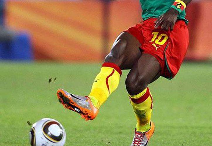 El jugador podría retornar al fútbol mexicano, pero ahora con los Potros de Hierro del Atlante. (Redaccón/SIPSE)