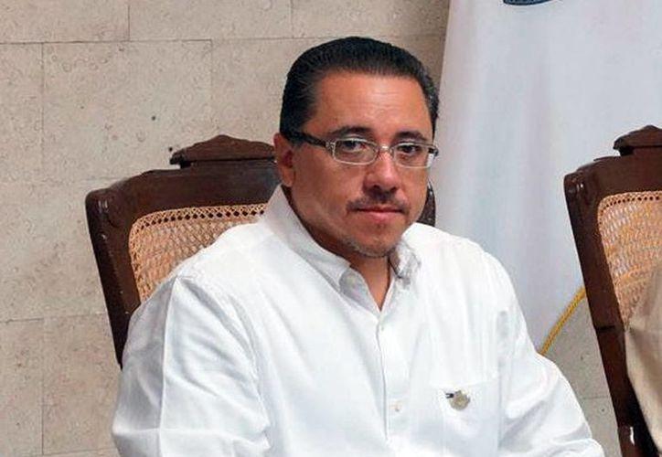 El coordinador de Política Comunitaria, Víctor Hugo Lozano Poveda, dijo que la Comuna prepara actividades para celebrar la designación de la ciudad como Capital Americana de la Cultura. (Milenio Novedades)