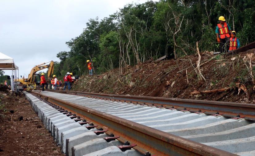 Alcaldes formalizan sus proyectos para ser incluidos en el proyecto del tren maya. (Novedades Yucatán)