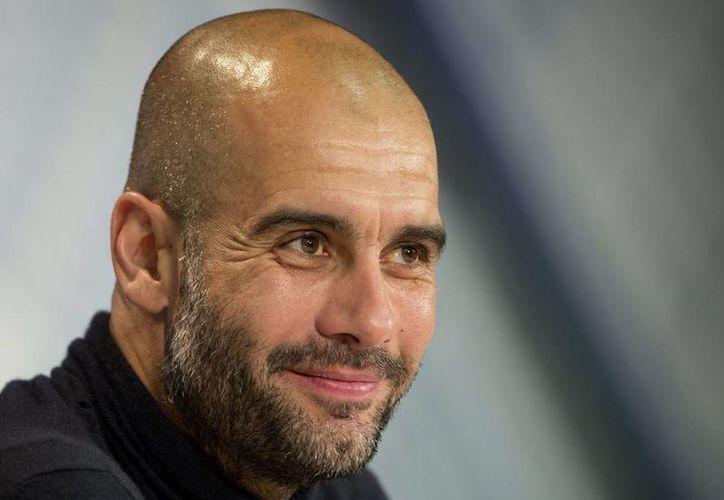Pep Guardiola, quien la campaña pasada fue criticado por el juego desplegado por el Bayern, dijo a inicios de semana que si no gana nada, el año que viene vendrá otro entrenador. (EFE/Archivo)