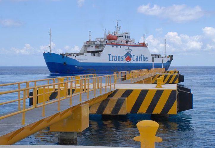 Las navieras Calica y Navega, las concesionarias en la parte continental. (Julián Miranda/SIPSE)