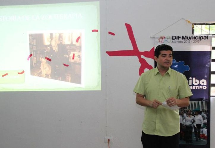 Aspecto del curso-taller introductorio a la canoterapia que ofreció el DIF Mérida. (SIPSE)