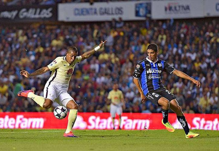 Michael Arroyo sigue rindiendo con las Águilas ya que este sábado marcó el gol del empate en La Corregidora. (Mexsport)