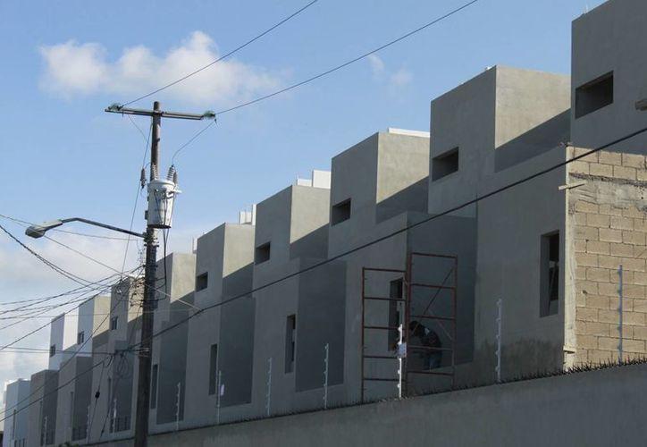 En el Estado se construyeron viviendas unifamiliares o multifamiliares. (Israel Leal/SIPSE)