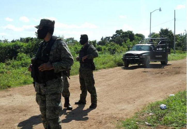 Elementos militares mantienen una vigilancia constante en el sur del estado. (Redacción/SIPSE)