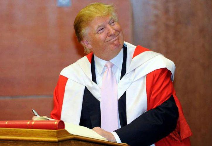 Donald Trump logró un acuerdo con las más de seis mil personas que alegaron fueron víctimas de fraude por la Universidad Trump. (The New Yorker)
