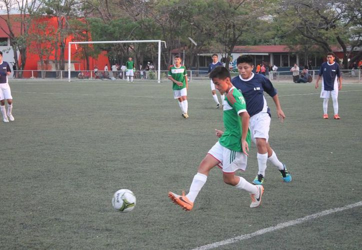 Se necesita que las autoridades impulsen el fútbol en los municipios. (Miguel Maldonado/SIPSE)