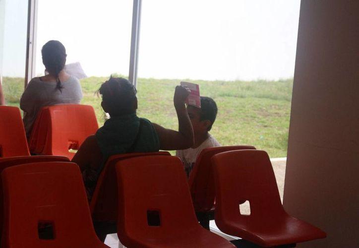 El Hospital General de Playa del Carmen se quedó sin aire acondicionado el 11 de mayo pasado. (Adrián Barreto/SIPSE)