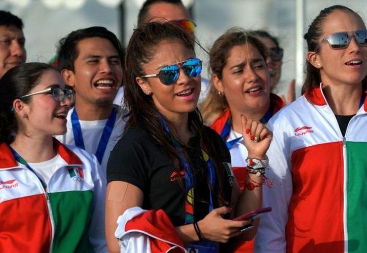La selección de atletas nacionales que acude a los Juegos Centroamericanos y del Caribe espera conseguir más de 10 medallas de oro. (Milenio)